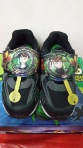 Sepatu Anak gambar BEN 10 Warna Hitam abu , PREPET ,ada lampu no =25 =16,5 cm no=26 =17,5 cm no=27=18 cm Harga 150.000 disc 30.000 = Rp.120.000