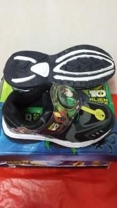 Sepatu Anak BEN 10